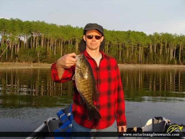 "17.1"" Smallmouth Bass caught on Lac Seul"