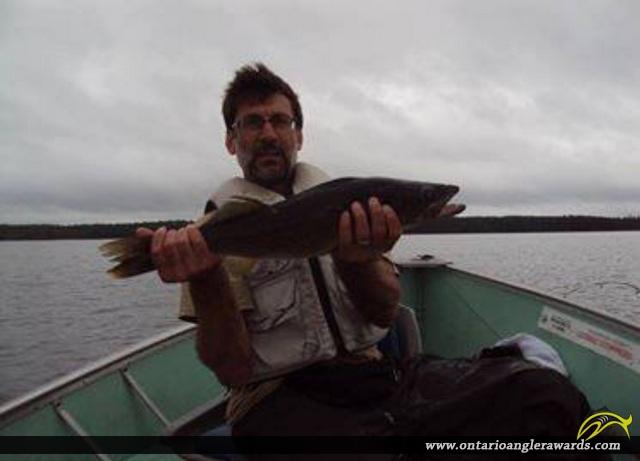 "27"" Walleye caught on Wawang Lake"