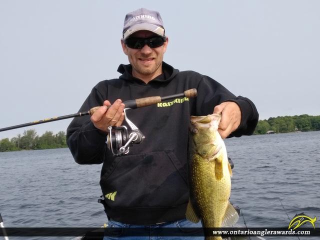 """19"""" Largemouth Bass caught on Big Rideau Lake"""