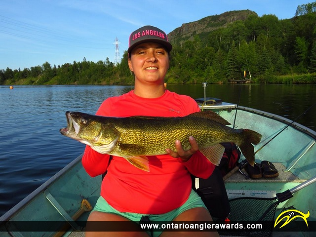"28"" Walleye caught on Kaministiqua River"