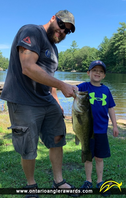 "20"" Largemouth Bass caught on Horseshoe Lake"