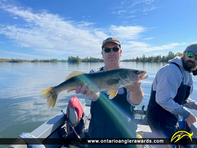 """27.00"""" Walleye caught on Lake of the Woods"""