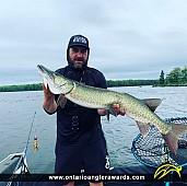 "44"" Muskie caught on Ottawa River"