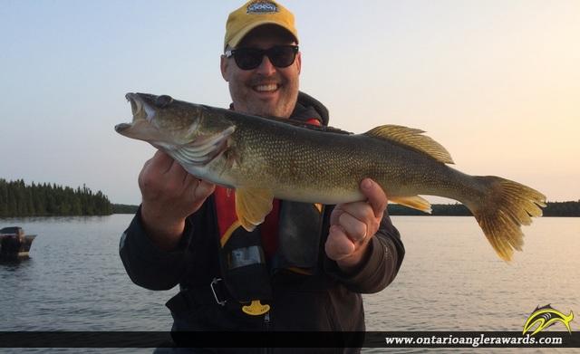 "25"" Walleye caught on Wawang Lake"